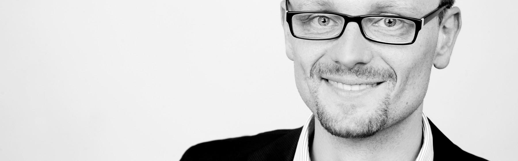 Portrait Dr. Bernhard Trager